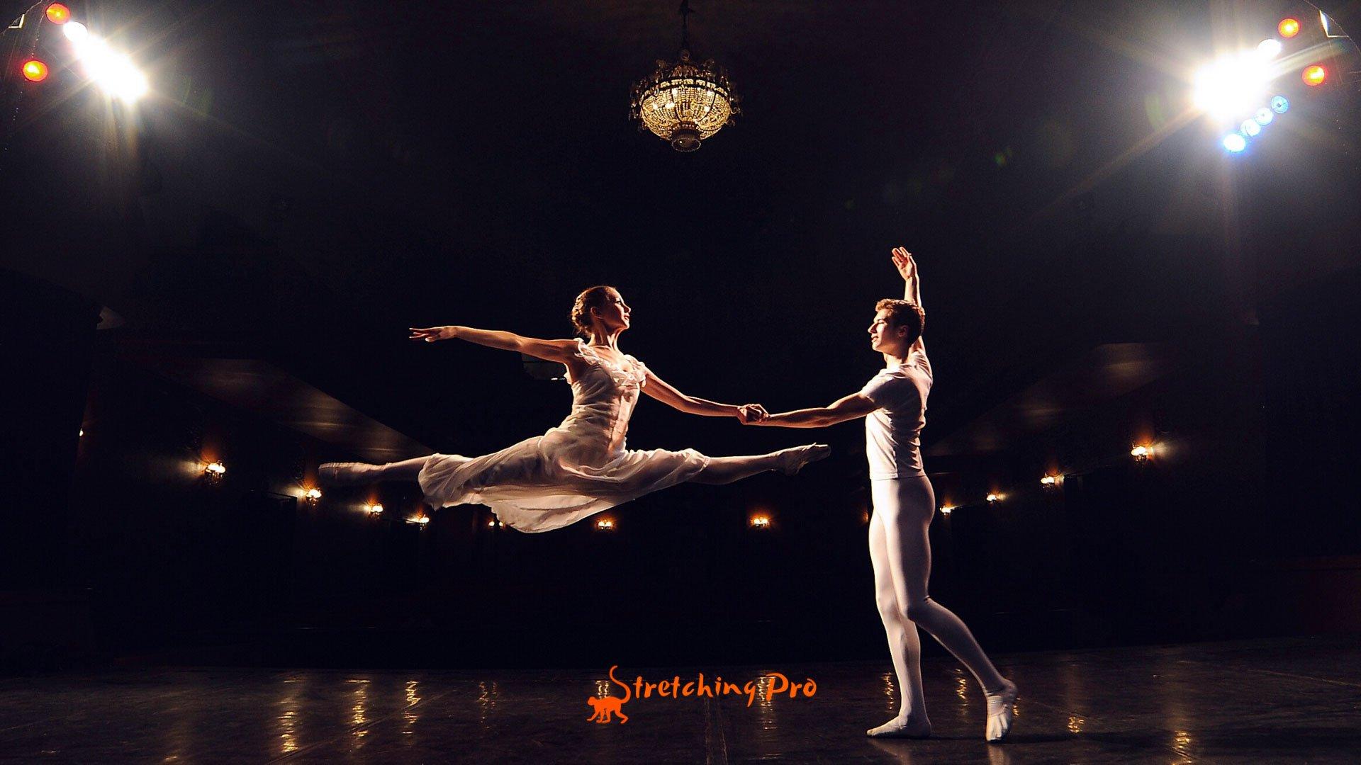 stretchingpro-étirements-danse-classique-grand-écart-saut